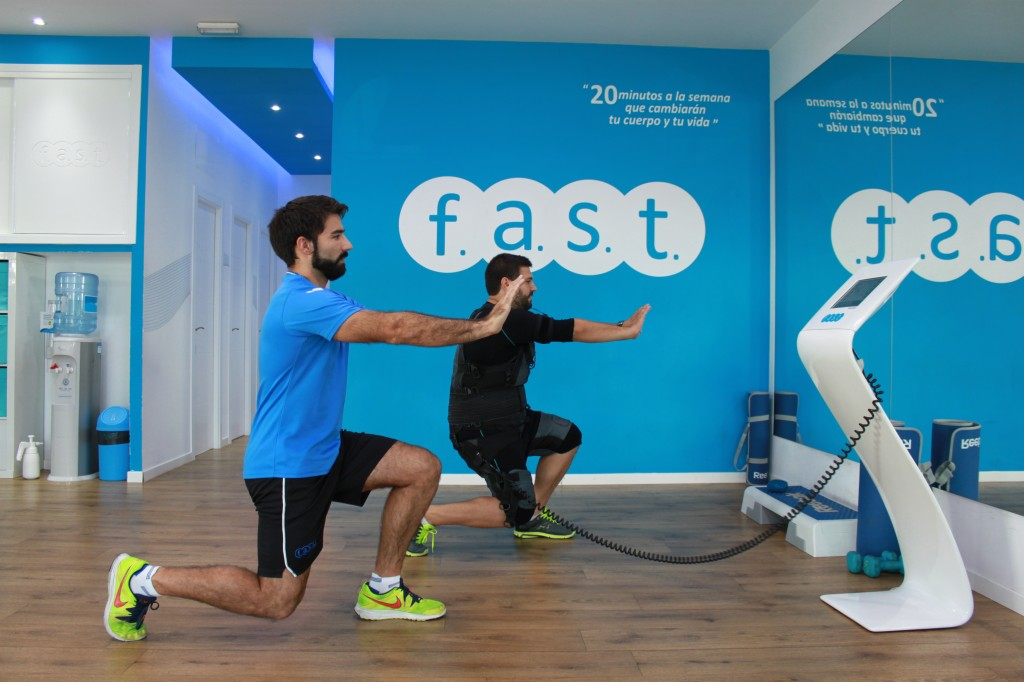 trabajando en el reto primer mes Fast Fitness